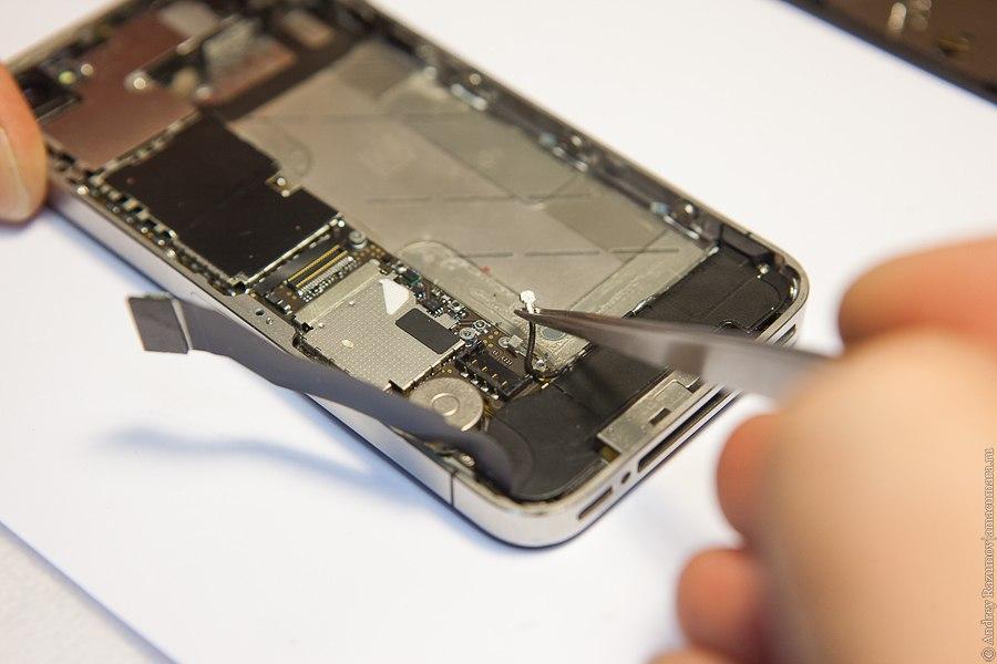 Замена гнезда питания iphone